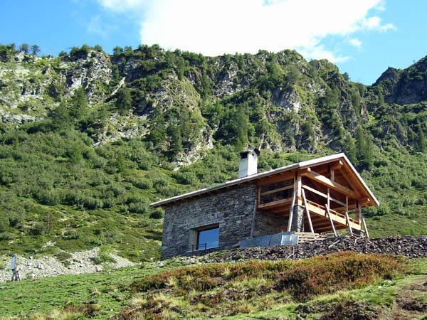 Rifugi e bivacchi nelle alpi orobie bivacco baita del lago for Le piu belle baite in montagna