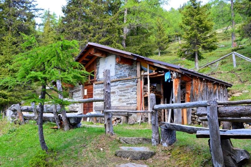Rifugi e bivacchi nelle alpi orobie rifugio baita calchera for Le piu belle baite in montagna